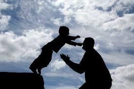 il bambino ha fiducia del popà