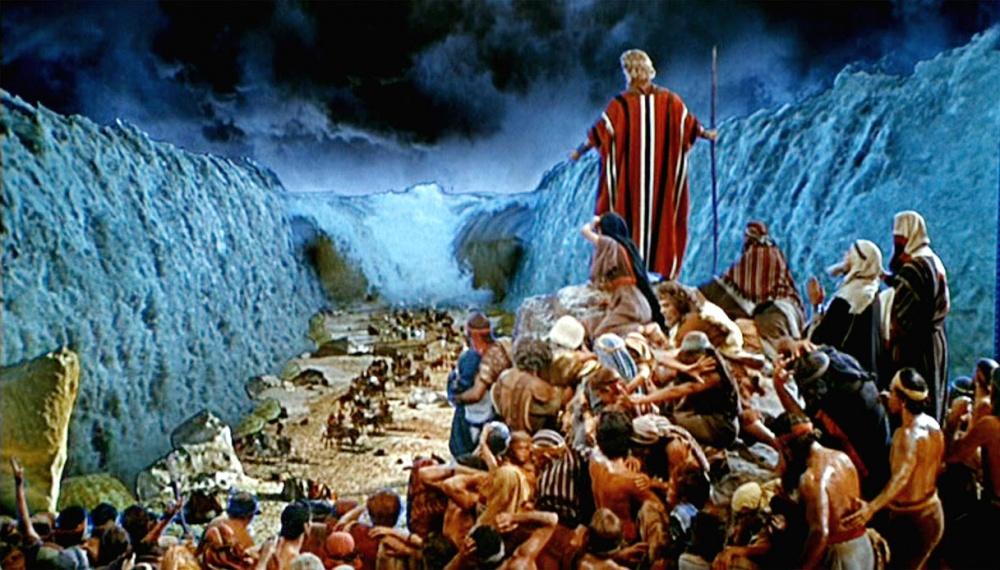 Mosè attraversa il mare